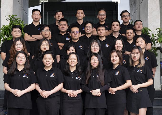 Các thành viên nhóm EM&AI. Ảnh: NVCC.