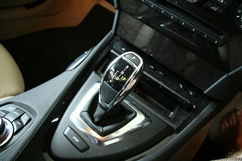 bmw-sport-gear-lever-625x416-2787-141699