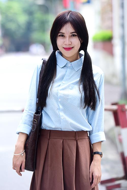 <p> Cao Thuỳ Dung ở Hà Nội thi diễn viên, em chuẩn bị tốt nên vào thi khá tự tin, thầy cô nhận xét em diễn khá tốt.</p>