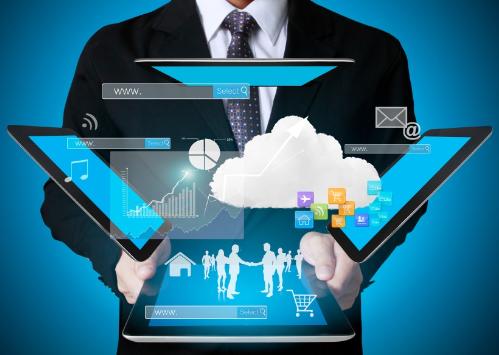 Chuyên gia công nghệ thông tinlà người sử dụng công nghệ để quản lý hệ thống lớn. Ảnh: hubspot.net.