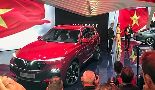 Xe VinFast ở Paris Motor Show 2018. Ảnh: Twitter/Bouniol Guillaume