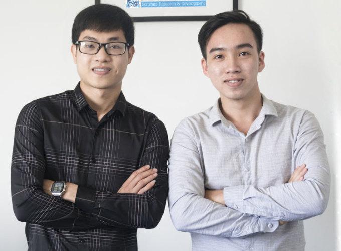 Nguyễn Tường (phải) và Nguyễn Văn Phú (trái), Đại học Bách khoa Đà Nẵng. Ảnh: NVCC.