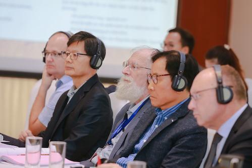 Các chuyên gia có mặt tại hội thảo.