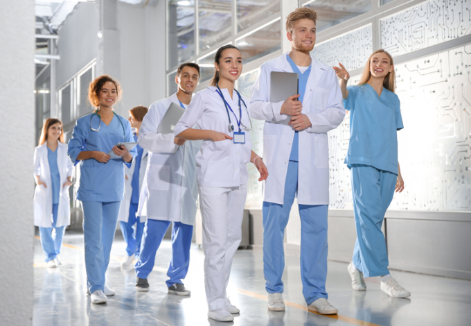 How to apply to American and Canadian medical schools