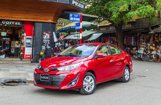 Toyota Vios phiên bản 2020 lăn bánh tại Hà Nội. Ảnh: Toyota