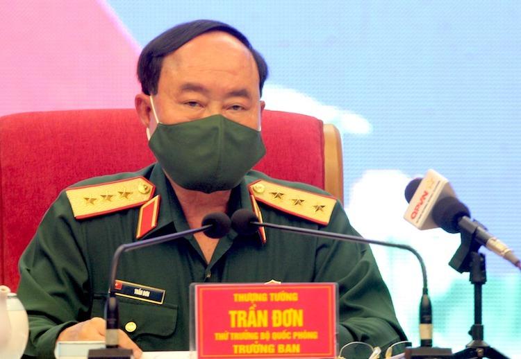 Thượng tướng Trần Đơn chỉ đạo cuộc họp trực tuyến của Bộ Quốc phòng phòng chống Covid-19 sáng 7/4. Ảnh: HT