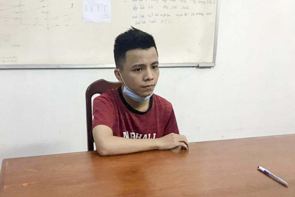 Nghi phạm Dương Huỳnh Lộc tại cơ quan công an. Ảnh: Văn Hồ.