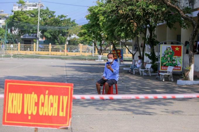 Khu cách ly tập trung của quân đội ở Đà Nẵng hồi tháng 3. Ảnh:Nguyễn Đông