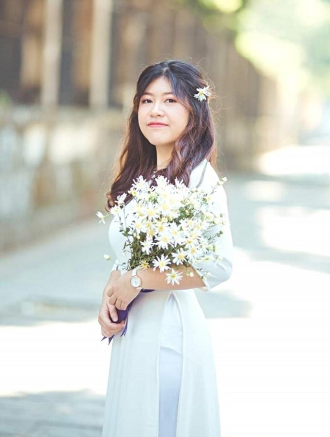 Trần Tuệ Nhi, cựu học sinh chuyên Anh, trường THPT chuyên Ngoại ngữ, Đại học Quốc gia Hà Nội.Ảnh: Nhân vật cung cấp