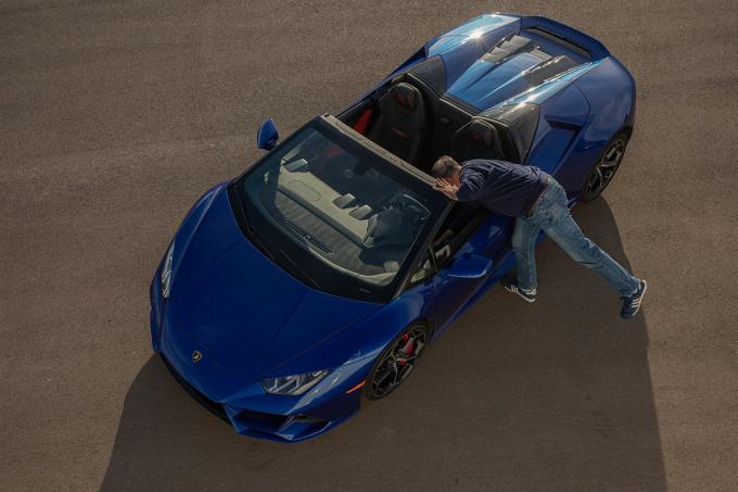 Lamborghini Huracan. Ảnh: NY Times