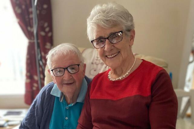 Vợ chồng già qua đời trong một ngày vì nhiễm nCoV