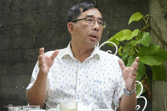 PGS-TS Lê Anh Tuấn, Phó Viện Nghiên cứu về biến đổi khí hậu, Đại học Cần Thơ, cho rằng con người là tác nhân chính của các vấn đề môi trường hiện nay, khi chúng ta ngày càng đi ngược với các quy luật tự nhiên. Ảnh:Hoàng Nam.