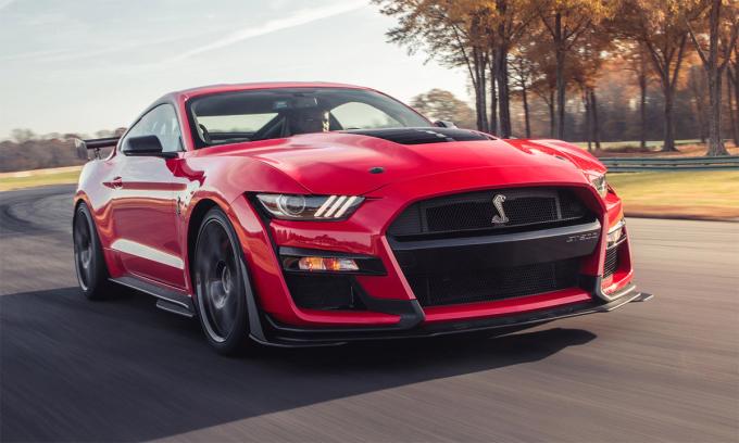 Mustang Shelby GT500 đời 2020 - phiên bản hiệu suất cao với động cơ 5,2 lít V8 siêu nạp công suất 760 mã lực. Ảnh: Ford