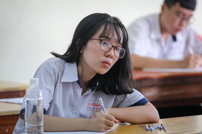 Thí sinh dự thi THPT quốc gia năm 2019. Ảnh: Quỳnh Trần.