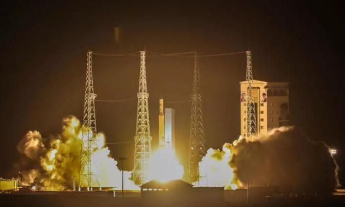 Vụ phóng vệ tinh thất bại của Iran hồi tháng 2. Ảnh: AFP.