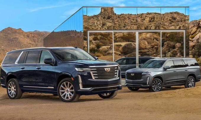 Escalade bản tiêu chuẩn (bên trái) và bản ESV trục cơ sở dài. Ảnh: Cadillac