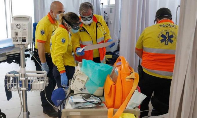 Ca tử vong mới vì nCoV ở Tây Ban Nha tăng trở lại