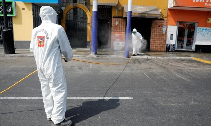 Ca nhiễm ở Peru tăng gần gấp đôi trong 9 ngày