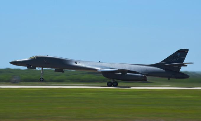 Mỹ tái triển khai oanh tạc cơ đến Guam