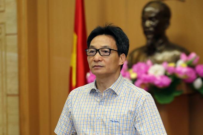 Phó thủ tướng Vũ Đức Đam phát biểu tại cuộc họp sáng 6/5 của Ban chỉ đạo. Ảnh: VGP/Đình Nam