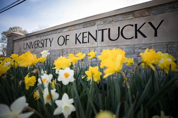 Học bổng đến 100% trường ĐHcông lập nghiên cứu  Kentucky - 1