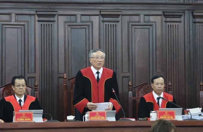 Chánh án TAND Tối cao Nguyễn Hòa Bình tại phiên giám đốc thẩm. Ảnh: TTXVN