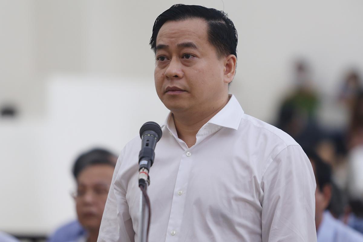 Phan Văn Anh Vũ phủ nhận 'móc ngoặc' với lãnh đạo Đà Nẵng - VnExpress