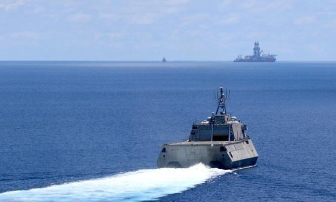 Mỹ cảnh báo Trung Quốc dừng 'bắt nạt' ở Biển Đông