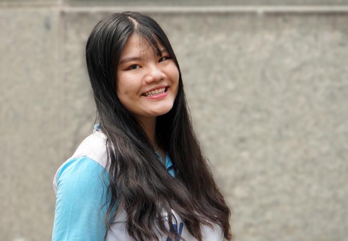 Lâm Đào Trúc Anh, học sinh lớp 12 Văn trường Phổ thông Năng khiếu - Đại học Quốc gia TP HCM. Ảnh: Mạnh Tùng.