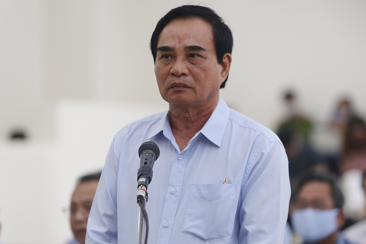 Cựu chủ tịch Đà Nẵng Văn Hữu Chiến được giảm hai năm tù - VnExpress
