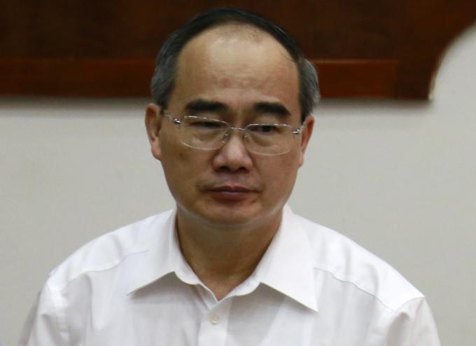 Bí thư Thành uỷ TP HCM Nguyễn Thiện Nhân tại buổi tiếp xúc cử tri hôm nay. Ảnh: Hữu Công.
