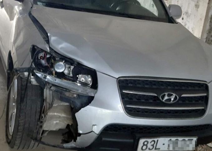 Ôtô do ông Són lái gây tai nạn. Ảnh: Mỹ Xuyên