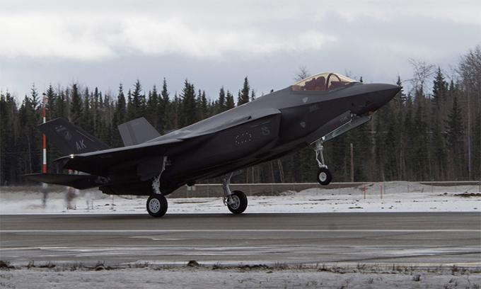 Đại tướng Phần Lan bị tố ưu ái F-35