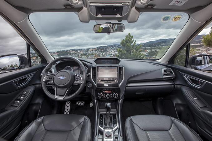 Nội thất Subaru Forester.