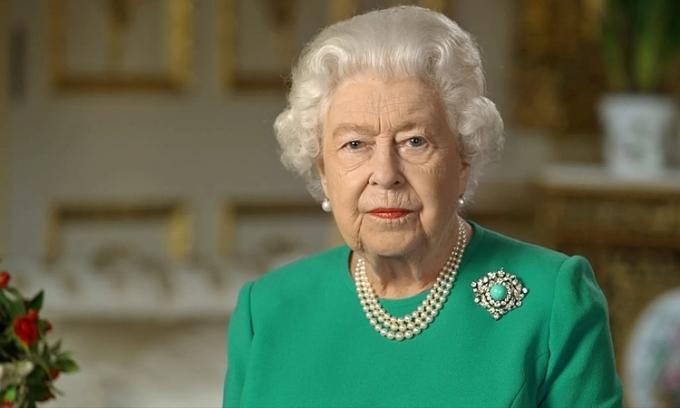 Nữ hoàng Anh thất thu 22 triệu USD vì Covid-19
