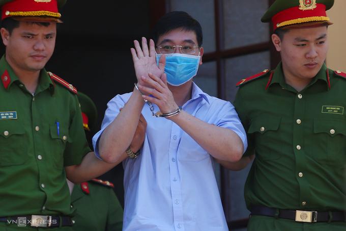 Bí ẩn trong vụ án sửa điểm thi ở Hoà Bình