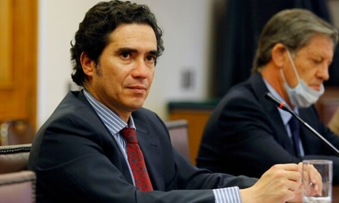 Gần nửa thượng viện Chile phải cách ly