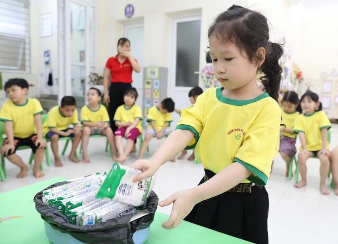 Trẻ mầm non vui đến lớp trong điều kiện bình thường mới
