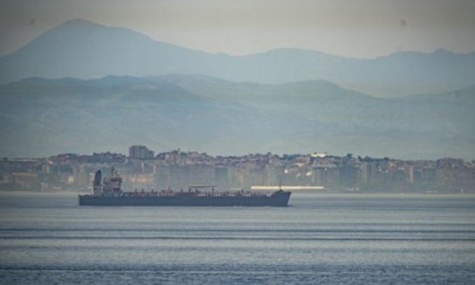 Tàu chở dầu Iran tới Venezuela bất chấp cảnh báo của Mỹ