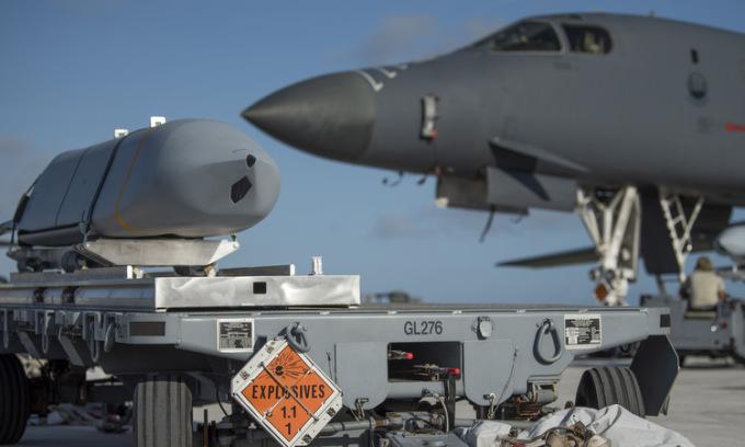 Mẫu oanh tạc cơ giúp Mỹ phô diễn uy lực ở châu Á