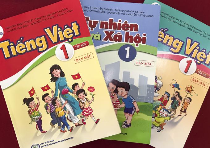 Một số cuốn sách trong bộ Cánh diều. Ảnh: Dương Tâm.