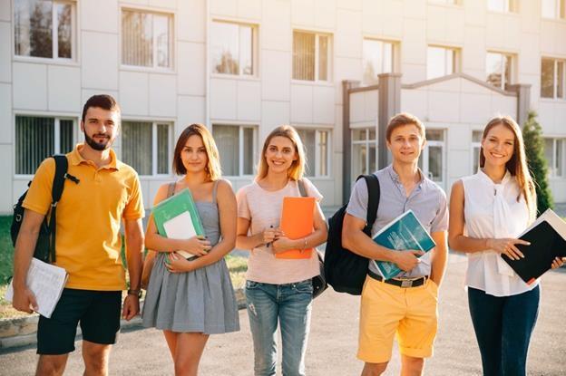 90% học sinh của Đức Anh được cấp học bổng từ 10% - 30% - 50% - 100%.