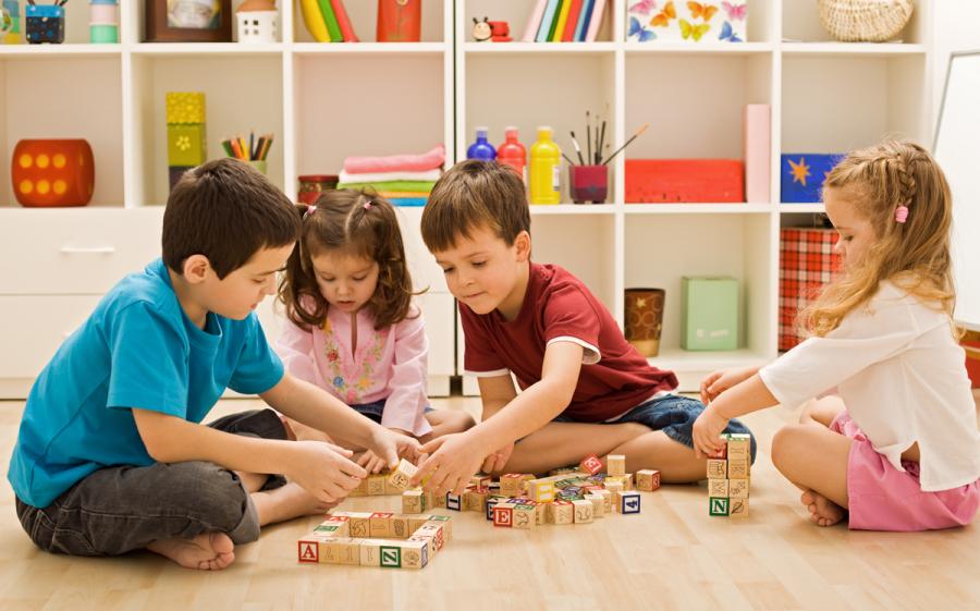 Dạy con kỹ năng làm việc nhóm