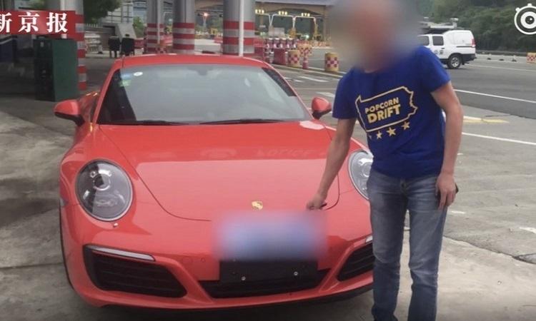 Tài xế Porsche bị tước bằng lái vì nghe lời thầy bói