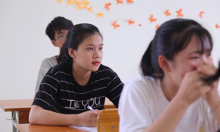Gấp rút chuẩn bị cho kỳ thi tốt nghiệp THPT