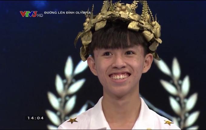 Nam sinh Quảng Trị giành vé vào chung kết Olympia