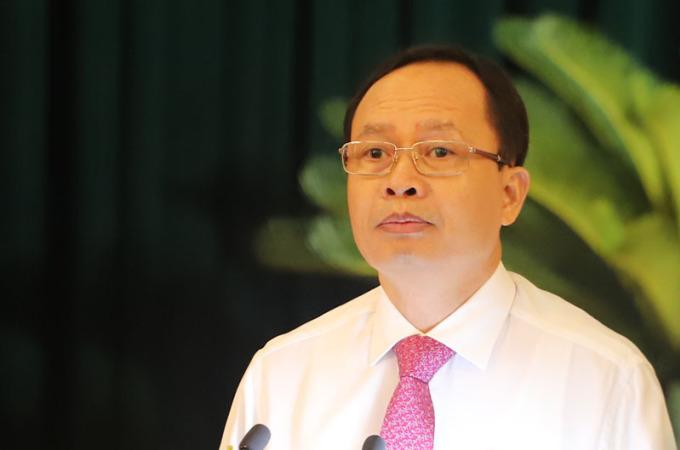 Chủ tịch HĐND tỉnh Thanh Hoá Trịnh Văn Chiến yêu cầu làm rõ sai phạm trong chi trả gói 62.000 tỷ. Ảnh: Lê Hoàng.