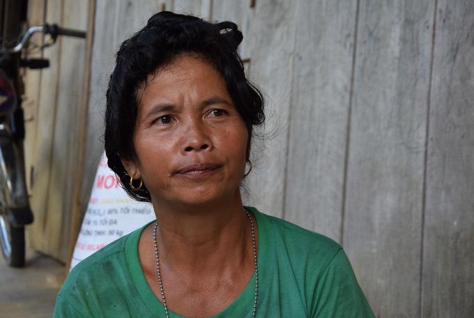 Bà Hồ Thị Nhung từng sinh năm người con ở bìa rừng. Ảnh: Đắc Thành.