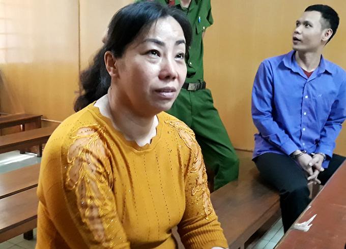 Bị cáo Mai và Thanh tại tòa. Ảnh: Hải Duyên.