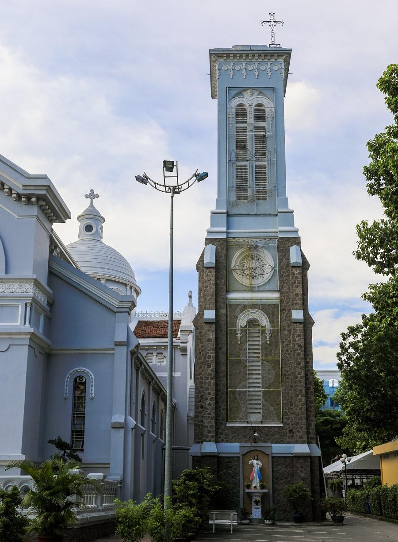 Nhà thờ 99 tuổi của gia đình Nam Phương hoàng hậu - 4